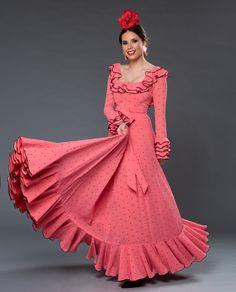 Flamenco Costume, Flamenco Skirt, Dance Costumes, Outfits Fiesta, Girls Frock Design, Fashion Terms, Pin Up, Frocks For Girls, African Print Fashion