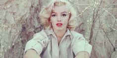 Rare Photographs Of Marilyn Monroe Go On Display In London