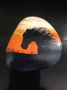 Original-Hand-Painted-Sunset-Horse-Silhoutte-Magnet-Gift-Art-Rock-Stone