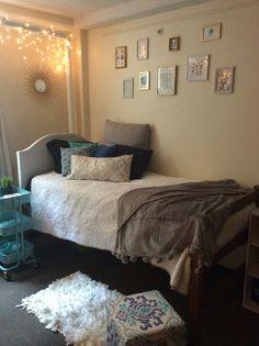My dorm room! :) insta: andiedutton