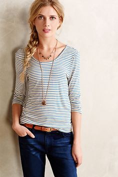 I like this casual look with boatneck/scoopneck tee, sleeves, belt, necklace. Casual Outfits, Fashion Outfits, Womens Fashion, Summer Outfits, Pretty Outfits, Cute Outfits, Vogue, Winter Stil, Autumn Winter Fashion