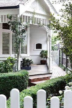 A modern Scandi-style renovation transformed this Edwardian home - Home Exterior - House Colors, Exterior Colors, House Styles, Exterior Design, Weatherboard House, Front Garden, White Cottage, Edwardian House, House Exterior