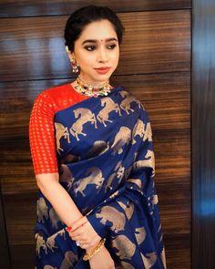 e0ee139bb7f04 aarti ravi jayam ravi wife saree Tulsi Silks, Pochampally Sarees, Elegant  Saree, Jayam