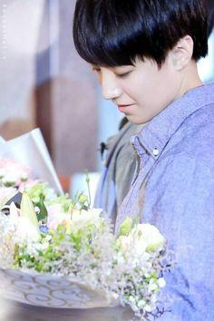 #tfboys #karry #wangjunkai #flower #show
