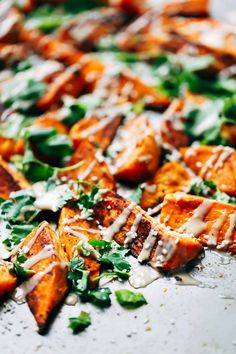 30-Minute Sesame Roasted Sweet Potatoes - looks fancy, tastes awesome, and super quick to make with simple ingredients!