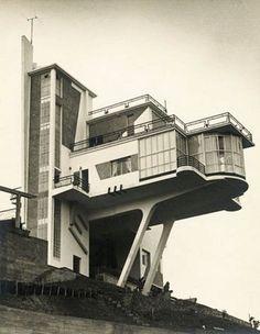 *encastré Villa Monzeglio, Colinas de Bello Monte, Caracas. Antonio Montini, 1953. #architecture