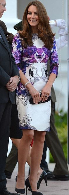Kate looked the picture of elegance wearing a white and lilac floral patterned dress by Singaporean-born designer Prabul Gurung at a welcoming ceremony at the Istana Presidential Palace. September 11, 2012