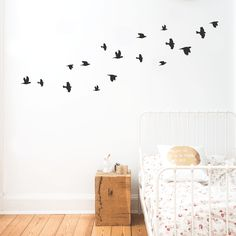 Wandtattoo 17 Vögel in verschiedenen Grössen (Druchschnittsgröße pro Vogel liegt bei ca. 7cm) Die Vögel… Read More »
