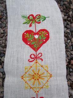 Julvepa broderad med korsstygn KlaraVäver? på Tradera.com - Textil |