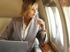 My profession will be a business women. The Alpha Girl Cheat Sheet - extremely useful tips for every working woman. Boss Lady, Girl Boss, Business Outfit Frau, Business Mode, Successful Women, Dress For Success, Working Woman, Queen, Formal