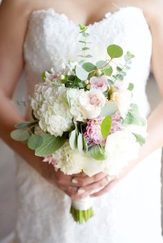 Romantic Warehouse Wedding | Megan Hayes Photography | Bridal Musings Wedding Blog 11
