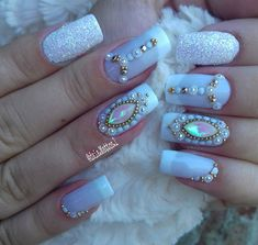 How to easily remove a glitter nail polish - My Nails Nail Designs Spring, Acrylic Nail Designs, Nail Art Designs, Acrylic Nails, Nails Design, Rhinestone Nails, Bling Nails, My Nails, Birthday Nail Designs