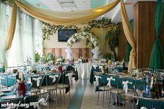 Decoração para casamento verde e dourado