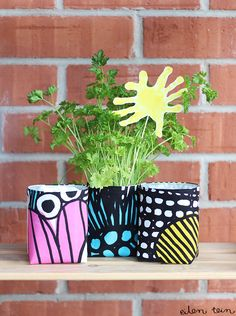 Home Crafts, Diy And Crafts, Arts And Crafts, Sewing Hacks, Sewing Projects, Ceramic Teapots, Painted Pots, Marimekko, Textiles