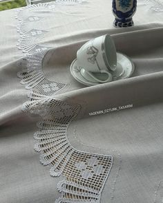 Linen Tablecloth, Diy Crochet, Diy And Crafts, Model, Handmade, Ebay, Fashion, Easy Crafts, Crochet Stitches
