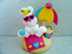 Beach Bunny  Polymer Clay  Figurine von countrycupboardclay auf Etsy
