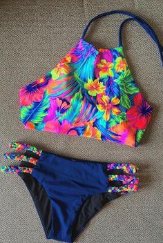 High Neck Braided Bikini - Nice Bikinis - Image Sharing World The Bikini, Halter Bikini, Bikini Swimwear, Bikini Beach, Floral Bikini, Halter Neck, Summer Bathing Suits, Girls Bathing Suits, Bikini Swimsuit