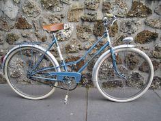 More Photo→  http://on.fb.me/1kwAtMq http://www.facebook.com/frunno                                   e-mail :frunno@live.jp                          #FRUNNO #Vintage #Bicycle #Motoconfort #France #Paris #Velo #Mixte