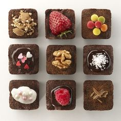 Chocolate y donuts Brownie Pan, Brownie Cookies, Decorated Brownies, Baked By Melissa, Cookie Shots, Best Brownies, Chewy Brownies, Pudding Recipes, Cake Mold