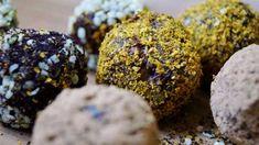 Nyttiga chokladbollar är enkelt att göra. Här är 7 supergoda recept på raw food-bollar som är lätta att baka. Perfekt till fikat eller som nyttigt julgodis. Raw Food Recipes, Lchf, So Little Time, Truffles, Fudge, Muffin, Sweets, Cookies, Chocolate
