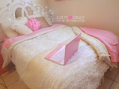 i would feel like a princess in this bed    lol i do feel like a princess in my bed TY :)
