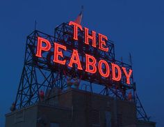 The Peabody Memphis is a historic 4-star hotel well situated within walking distance of some of the city's most popular tourist attractions, including the Gibson Guitar factory and the National Civil Rights Museum. Memphis town centre and the Music Hall of Fame are also within easy reach of this luxury hotel, kno