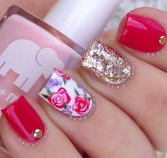 Roses are red, accent nails are gold. Great Nails, Perfect Nails, Gorgeous Nails, Simple Nails, Cute Nails, Amazing Nails, Nail Art Designs 2016, Simple Nail Art Designs, Red And Gold Nails