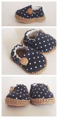 Baby navy shoes. Handmade with 100% cotton fabric.   This adorable baby shoes are perfect for a baby. They are really soft and malleable, with an opening in the side for easy fit. $22