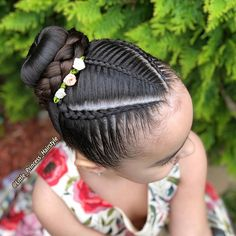 La imagen puede contener: una o varias personas y primer plano Lil Girl Hairstyles, Girls Natural Hairstyles, Kids Braided Hairstyles, Princess Hairstyles, Natural Hair Styles, Long Hair Styles, Childrens Hairstyles, Girl Hair Dos, Hair Upstyles