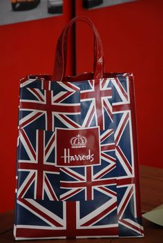 Harrods, London. Omgggg I need one of these when I go there!