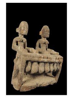 Le balafon, bala ou balani est un instrument de percussion idiophone originaire d'Afrique occidentale. C'est une sorte de xylophone, soit pentatonique, soit heptatonique. En malinké, « balafon » vient des termes bala (l'instrument) et fon (sonne). On retrouve des balafons dans de nombreuses régions d'Afrique, tous différents les uns des autres.