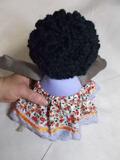 Bonequeiras sem Fronteiras   Bonecas de pano, amor de verdade.: Cabelo enroladinho, a gente ama! Aqui o passo a passo...