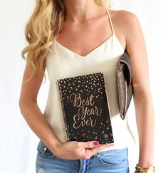 bloom daily planners were created to inspire and empower women around the world to bloom into the best versions of themselves! We now have many planner sizes, styles and layouts, but we started with our classic fashion planners, which now come in 22 designs!
