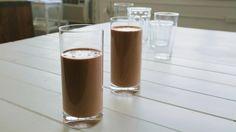 Smoothie choco-cajou Clean Eating Breakfast, Breakfast Smoothies, Quebec, Best Breakfast Recipes, Dairy Free Recipes, Original Recipe, Smoothie Recipes, Free Food, Good Food