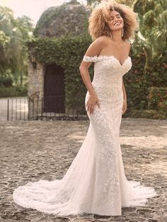 Perfect Wedding Dress, Dream Wedding Dresses, Designer Wedding Dresses, Wedding Gowns, Lace Wedding, Weeding Dress, Bridal Closet, Maggie Sottero Wedding Dresses, Wedding Dress Pictures