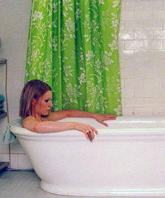 Un rico y relajante baño en la tina