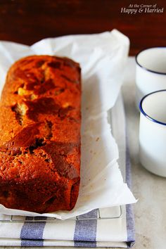 CHOCOLATE SWIRLED BANANA BREAD. Imagine banana bread and chocolate cake had a love child. This is it!! #happyandharried #chocolate #swirled #marbled #banana #bread #brunch #breakfast #snack #recipe #loaf