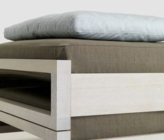 Double beds | Beds and bedroom furniture | Guest | Zeitraum. Check it out on Architonic
