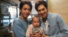 """Jung Yong Hwa and Lee Jong Hyun Win Rohee's Heart on """"The Return of Superman"""""""