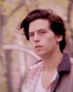 Funny Vid, Crazy Funny Memes, Wtf Funny, Cole M Sprouse, Cole Sprouse Jughead, Riverdale Funny, Riverdale Cast, Cole Sprouse Aesthetic, Riverdale Aesthetic
