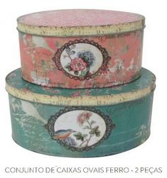 Old English hat boxes. Decoupage Vintage, Decoupage Art, Vintage Hat Boxes, Vintage Tins, Art Storage, Storage Boxes, Shabby Chic Crafts, Pretty Box, Craft Bags