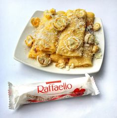 Raffaello palacsinta - a brutális reggeli Waffles, Pancakes, Naan, French Toast, Food And Drink, Cooking Recipes, Breakfast, Desserts, Christmas