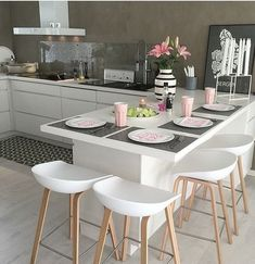 Cheer Up Your Breakfast Time with 6 New Kitchen Counter Stools – Bar Stools Furniture Home Decor Kitchen, Kitchen Living, Kitchen Interior, New Kitchen, Home Kitchens, Kitchen Ideas, Modern Kitchens, Rustic Kitchen, Kitchen Bars
