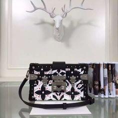 louis vuitton Bag, ID : 43556(FORSALE:a@yybags.com), louis vuitton top designer handbags, louis vuitton purse designers, louis vuitton bags on sale, louie vuton, louis vuitton designer wallets, newest louis vuitton, louis vuitton bags for women, authentic louis vuitton handbags for sale, louis vuitton black leather briefcase #louisvuittonBag #louisvuitton #louis #voton
