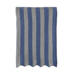 KNITTED PLAID WITH STRIPES