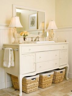 Love this dresser turned into a vanity - ❤