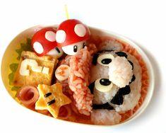 Watch this Super Mario Bento Box Tutorial [Video] Bento Tutorial, Kawaii Bento, Cute Bento Boxes, Bento Box Lunch, Bento Food, Cute Food, Good Food, Yummy Food, Fruits Decoration