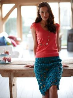 Crochet Motif Skirt - this pattern by Erika Knight that can be found in the book Rowan Farmhouse Knits  http://www.crochetconcupiscence.com/2013/03/100-unique-crochet-skirts/