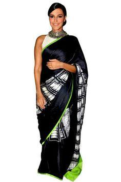 Saree with neon border