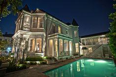 http://mrsvintagerentals.files.wordpress.com/2013/02/elegant-vintage-melrose-mansion.jpeg